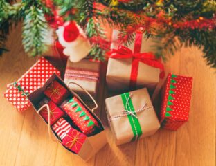 It's almost time to start thinking about buying Christmas presents for that special someone in your life. Get a head start with these fantastic gift ideas.