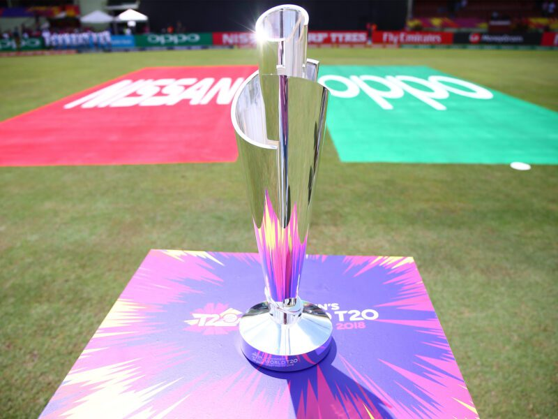 Australia will face South Africa in Super 12 opening match on Saturday. Here's how you can live stream T20 World Cricket!