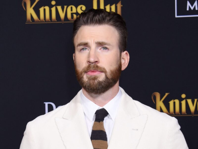 Surely, you've heard the news about Chris Evans' photos! The 'Captain America' star has broken his silence. Join us while we tell the tale!