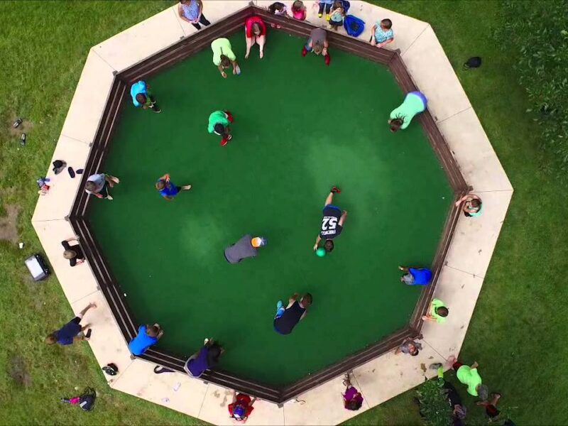 Gaga ball is the ideal game for promoting an appropriate play experience for the majority of children. What are the benefits?