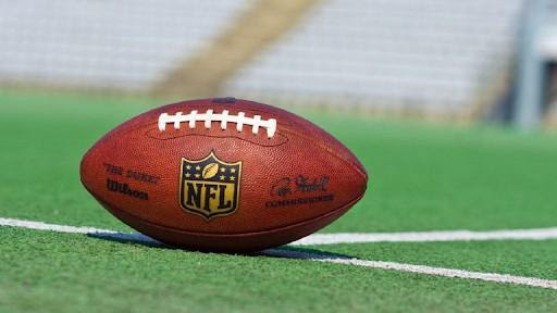It's that time of year. Discover how to live stream the anticipated NFL season online and on Reddit for free.