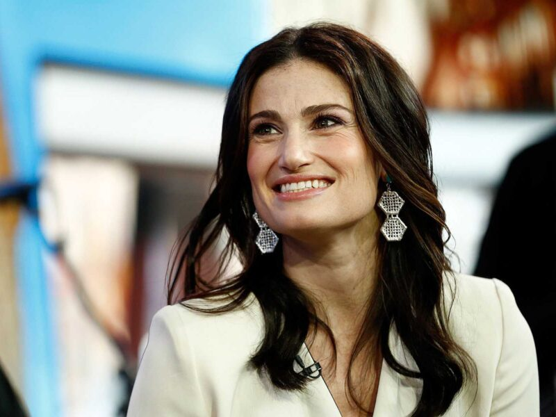We all have fond memories of Idina Menzel on 'Glee' . . . so why doesn't she feel the same way? Find out why the Broadway star wasn't satisfied with her role!