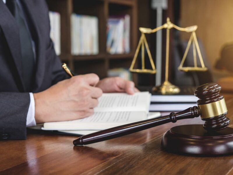 """What does it really take to be considered """"expert"""" when it comes to personal injury law? Find your dream lawyer here."""