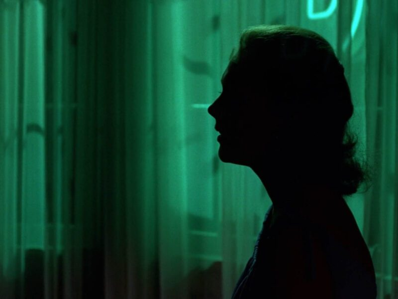 Looking for something really intense and exciting to watch? Dive into this list of the best pulse-pounding thriller movies on Netflix!
